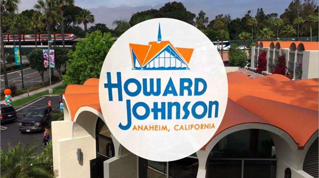 Charles Phoenix present the Howard Johnson Anaheim Retro Re-Do