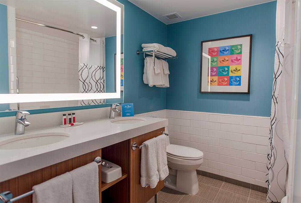 hotel bathroom at Howard Johnson Anaheim