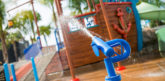 castaway-cove-water-cannon
