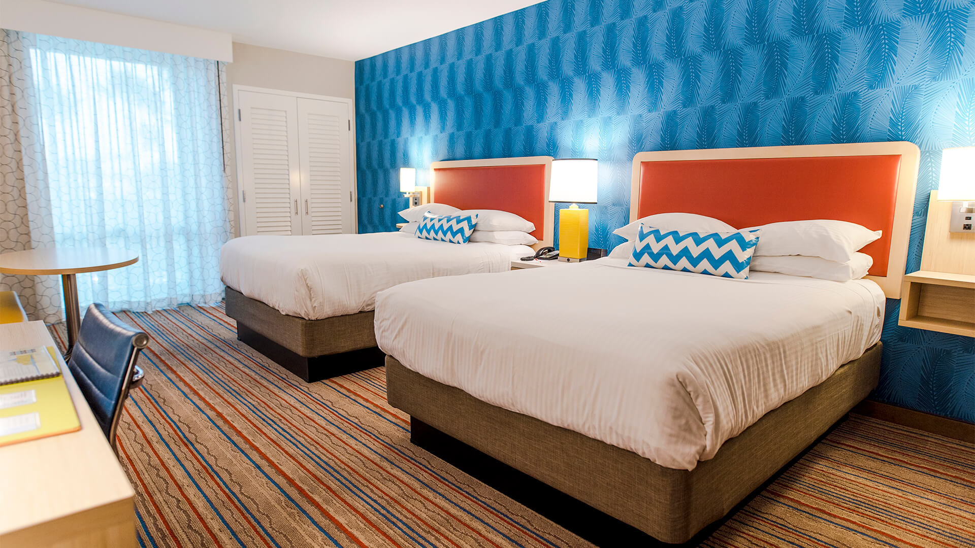 Rooms: Howard Johnson Anaheim Hotel