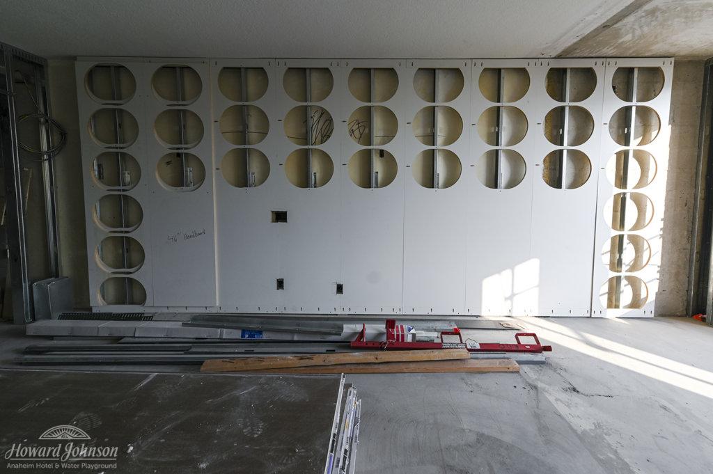 Howard Johnson Anaheim hotel renovations